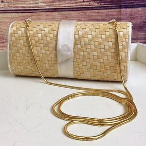 Vintage Straw Basket Weave Clutch / Crossbody